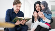 5 Doa untuk Kedua Orang Tua, Jangan Lupa Dibaca Ya!