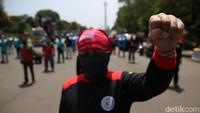Nyerah! 3 Fakta Puluhan Ribu Buruh Kibarkan Bendera Putih