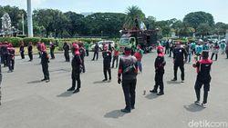 Demo Buruh Dimulai, Pengamanan di Patung Kuda Jakpus Diperketat
