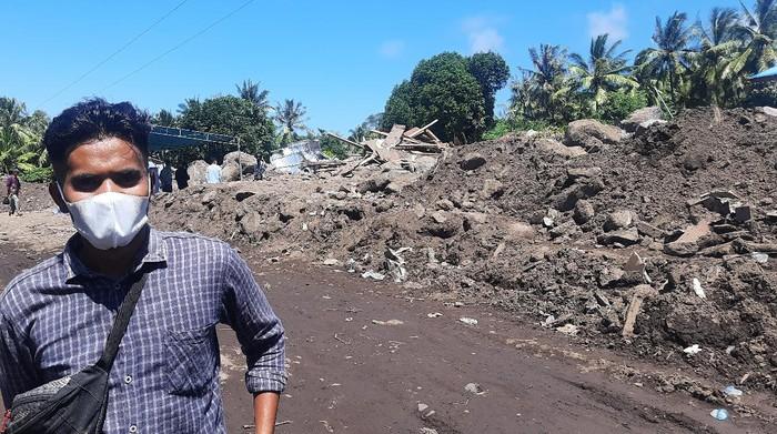 Iqmal Sabon Lebu, warga Desa Lamabunga, relawan di Desa Nelelamadike