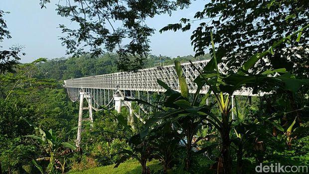 Jembatan Cirahong Ciamis.