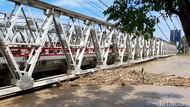 Permukaan Air Sungai Sentuh Level Merah, Jembatan Pemali Brebes Ditutup