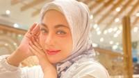 Liza Aditya Buang Baju Seksi, Mantap Berhijab Alasannya Menyeramkan