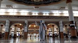 Panduan WHO Agar Ibadah Ramadhan Aman Selama Pandemi COVID-19