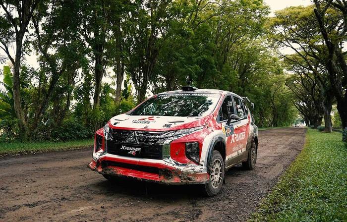 Mitsubishi Xpander AP4 Rifat Sungkar