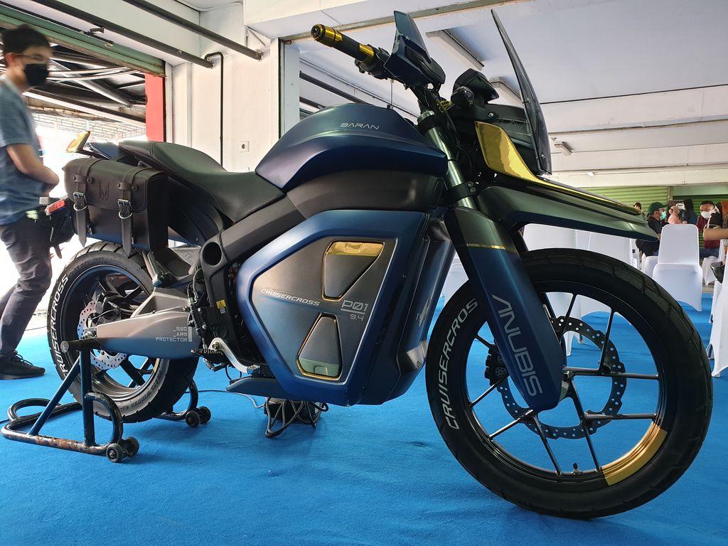 Motor listrik Anubis Cruisercross