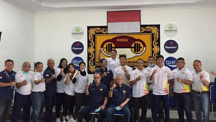 PB PABSI Lepas Tujuh Atlet ke Kejuaraan Asia Angkat Besi 2021 di Tashkent, Uzbekistan, Senin (12/4/2021)