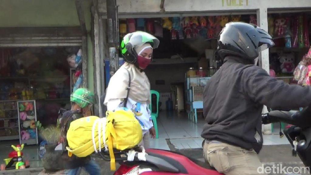 Curi Start Mudik, Sejumlah Pemudik Melintas di Jalur Pantura Subang
