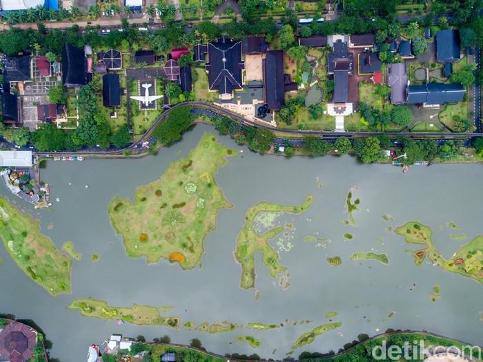 Peta Indonesia di Kawasan TMII