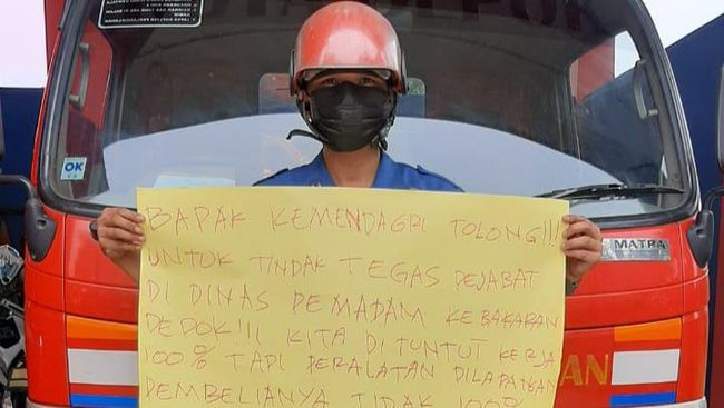 Intip Garasi Kadis Damkar Depok yang Anak Buahnya Bongkar Korupsi