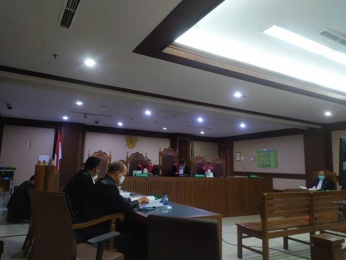 Sidang Tuntutan 5 Eks Pejabat Waskita di Pengadilan Tipikor Jakarta