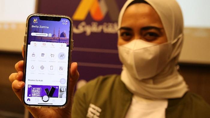 Mobile Banking M Syariah, merupakan aplikasi pertama dan satu-satunya yang dapat melakukan pembukaan rekening tanpa video call dan datang ke cabang.