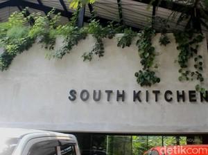 Menikmati Segarnya Tom Yum Ayam dan Cumi Lado Ijo di South Kitchen
