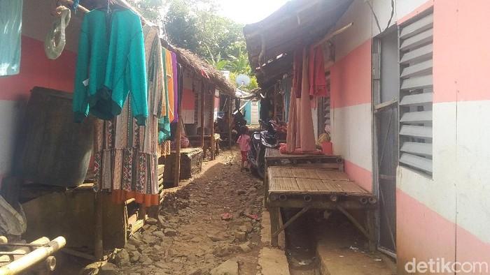 Warga Pandeglang korban tsunami berharap segera menempati hunian tetap