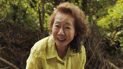 Pidato Kemenangan Youn Yuh Jung di BAFTA Awards yang Tarik Perhatian
