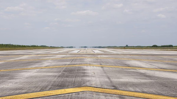 Rencananya Everglades Jetport akan berukuran lima kali Bandara Internasional John F. Kennedy, New York yang memiliki enam landasan pesawat supersonik futuristik. (Miami-Dade Aviation Department)