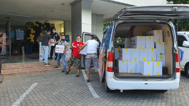 BRI menyalurkan bantuan tanggap bencana kepada masyarakat di wilayah Malang dan Jawa Timur. Ist