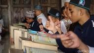 Ada Ponpes Tunarungu di Sleman, Santrinya Lantunkan Al-Quran dengan Isyarat