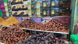 Segini Harga Kurma Ajwa Madinah dan Medjool di Pasar Tanah Abang