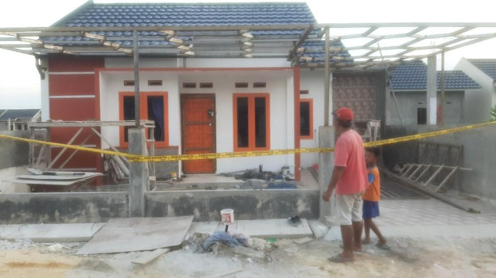 Lokasi tiga orang kuli bangunan ditemukan terkapar di Kampar, Riau (dok Polsek Siak Hulu)
