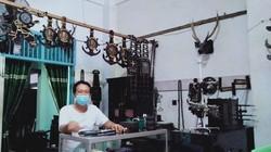Eks Buruh Sukses Bikin Kerajinan Kayu Hitam, Kini Punya 2 Toko