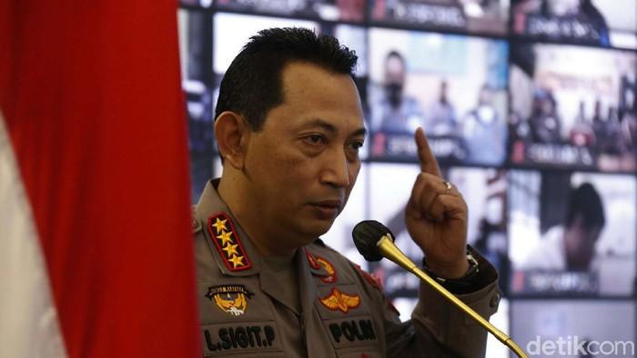 Kapolri Jenderal Pol Listyo Sigit Prabowo meluncurkan aplikasi Propam Presisi. Aplikasi ini tindak lanjut dari aplikasi Dumas Presisi yang melayani pengaduan masyarakat terkait kinerja anggota polisi.
