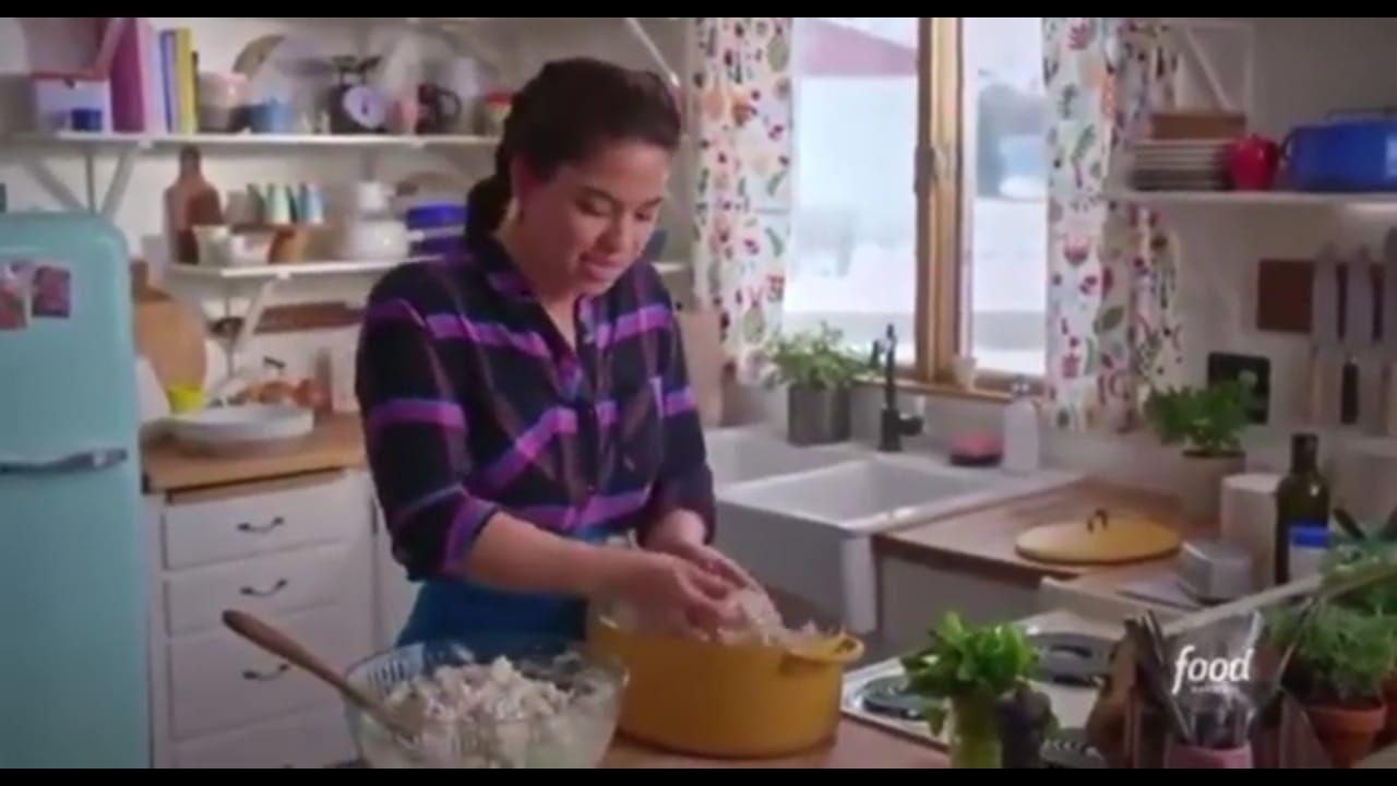 Food Blogger Bikin Salad dari Popcorn, Netizen: Ini Kriminal!