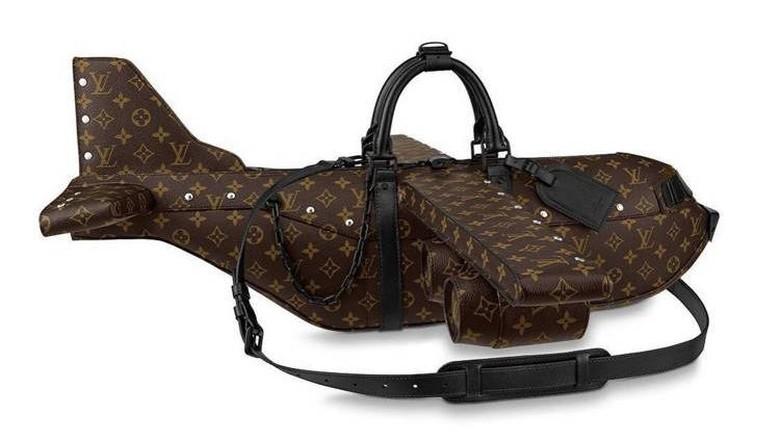 Tas berbentuk pesawat