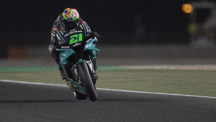 DOHA, QATAR - APRIL 03:  Franco Morbidelli of Italy and Petronas Yamaha SRT heads down a straight during the MotoGP of Qatar - Qualifying at Losail Circuit on April 03, 2021 in Doha, Qatar. (Photo by Mirco Lazzari gp/Getty Images)