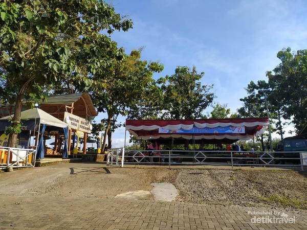 Wisata Lembah Ngingrong