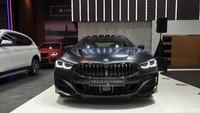 BMW Seri 8 Golden Thunder Edition Meluncur di IIMS, Cuma Ada 1 di RI, Harga Rp 2,9 M