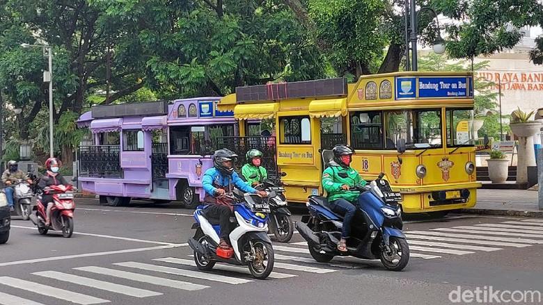 Bus wisata di Bandung