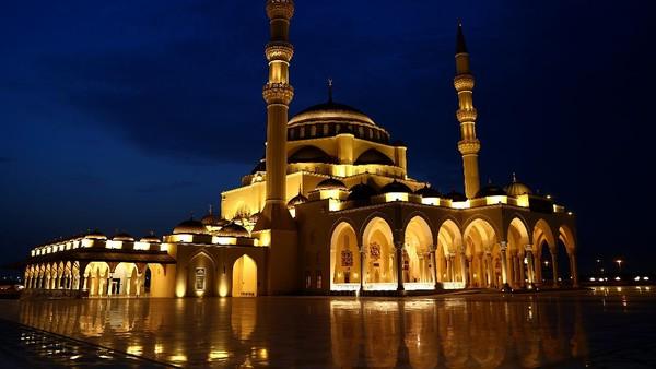 Pemberian nama Al-Farooq Omar Ibn al-Khattab merujuk pada sahabat Nabi Muhammad SAW yang dikenal adil dan menjunjung tinggi kesamaan dalam setiap isu yang dihadapinya.