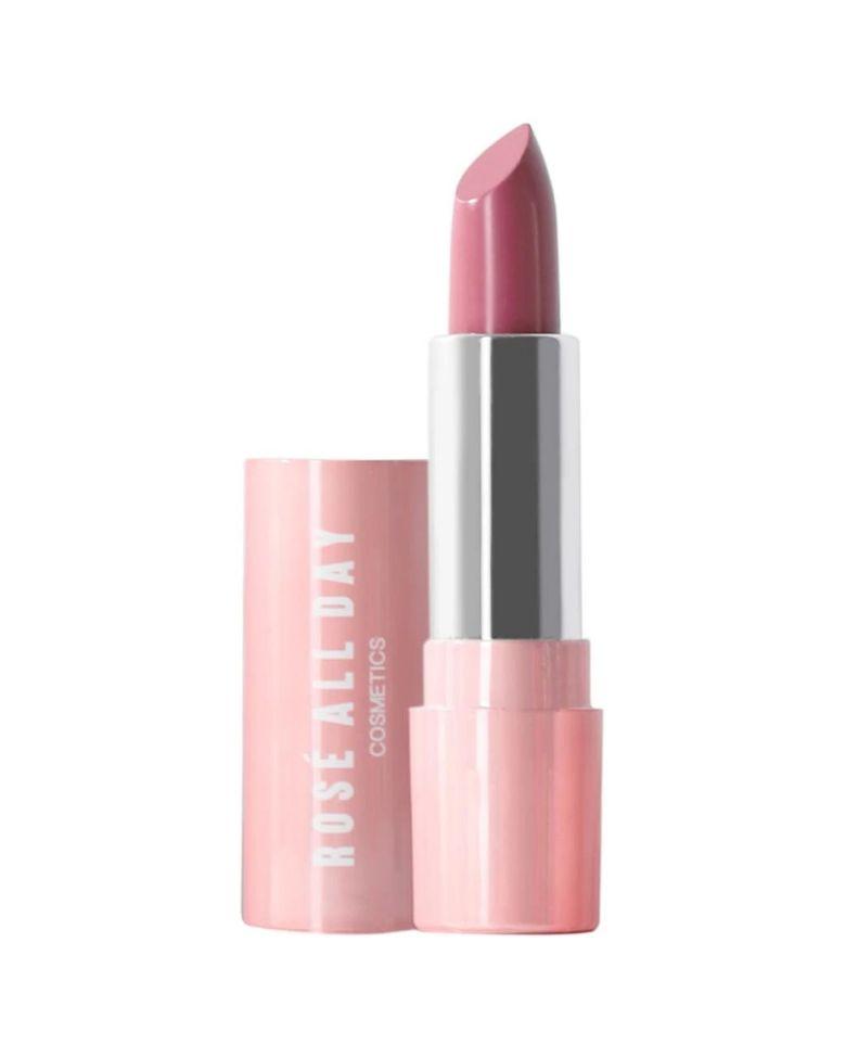 Lipstik Melembapkan untuk Dipakai di Bulan Puasa