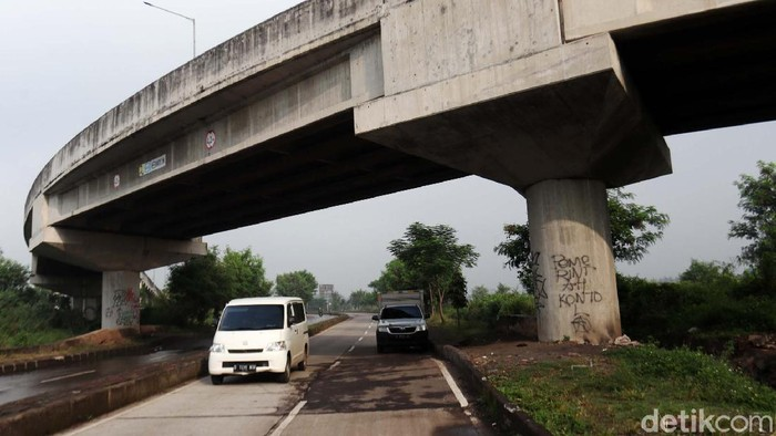 Bertahun-tahun sudah, Interchange Km 149 Tol Gedebage, Kota Bandung belum dilakukan aktivasi. Masih ada sisa pembangunan yang belum rampung dikerjakan.