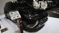 Mitsubishi Outlander PHEV Dikorting Rp 400 Jutaan!