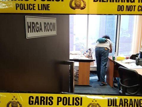Peluru nyasar di salah satu gedung di Jaksel (Dok Istimewa)