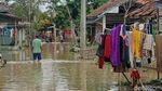 Banjir Terjang Puluhan Rumah di Pangasinan Karawang