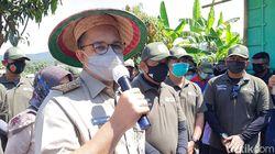 Momen Anies Baswedan saat Ikut Panen Raya di Cilacap