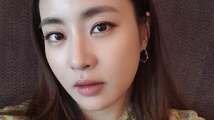 10 Pesona Kecantikan Kang Sora, Bintang Drakor yang Baru Melahirkan