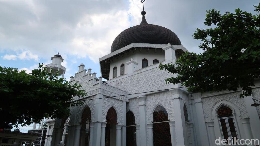 Melihat Kembaran Masjid Raya Baiturrahman Aceh di Bantul
