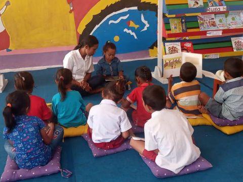 Perjuangan Pustakawati Asal NTT Bangkitkan Semangat Baca Buku ke Anak-anak Selama Pandemi