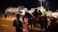 Polisi Israel Bentrok dengan Muslim Palestina di Yerusalem
