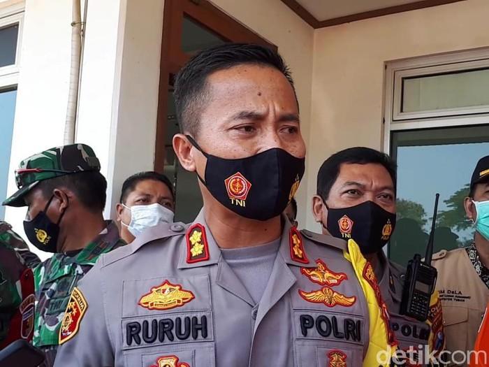 Sebuah kapal nelayan terbakar hingga karam di Laut Jawa, Bangka Belitung pada Kamis (15/4). Berikut skema evakuasi 16 nelayan yang akan tiba di Tuban.