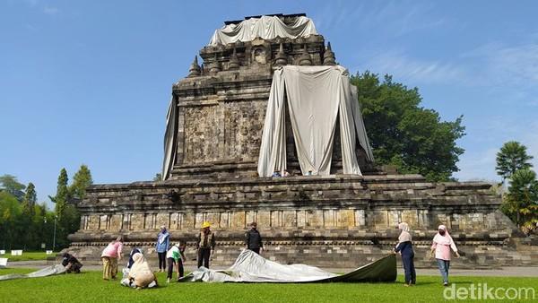 Diharapkan dengan dibukanya kembali ini pengunjung bisa datang berfoto-foto di Candi Mendut.