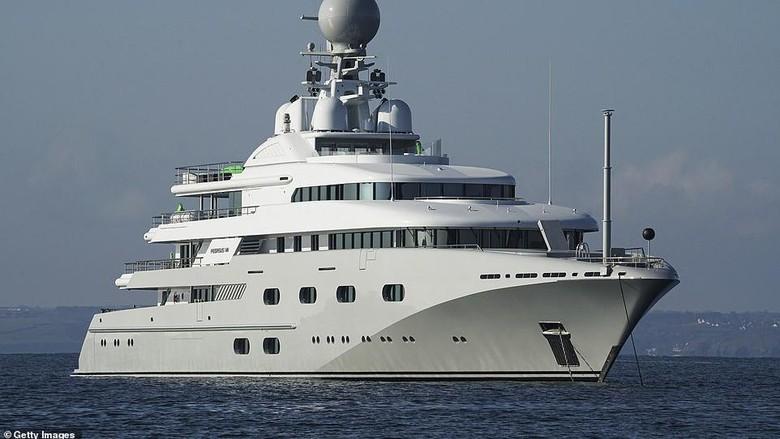 Superyacht Pegasus VIII