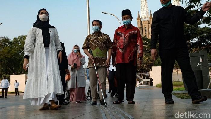 Masjid Istiqlal, Jakarta, yang baru saja direnovasi memiliki sejumlah fasilitas untuk kelompok disabilitas. Yuk, intip penampakannya.