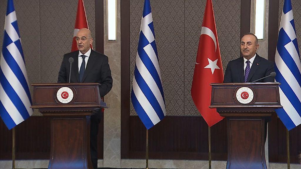 Cekcok Menlu Turki-Yunani di Konferensi Pers