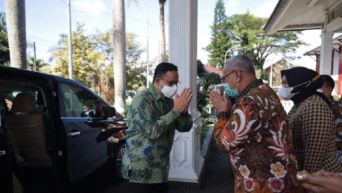 Anies Baswedan pulang kampung ke Kuningan bertemu Bupati Acep Purnama