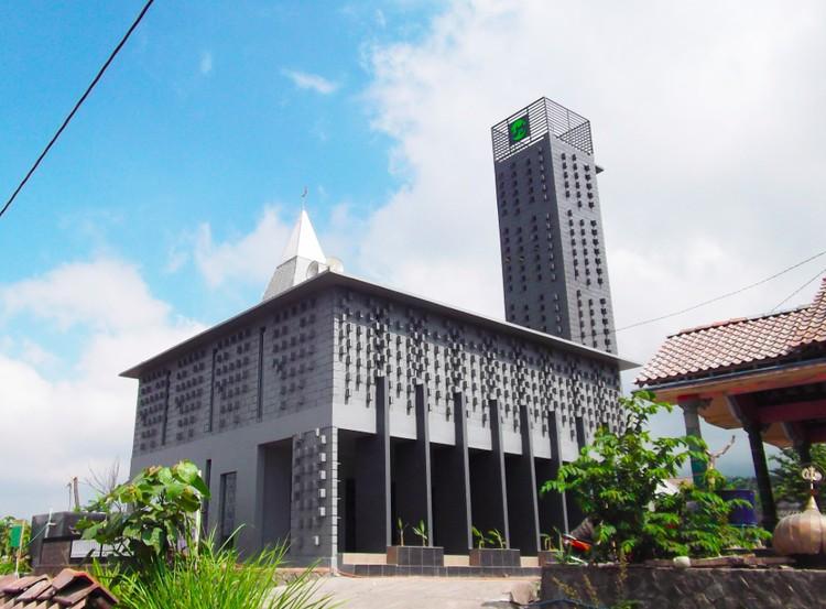 Masjid Baiturrahman Merapi